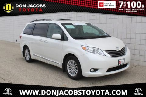 Certified Pre-Owned 2017 Toyota Sienna XLE FWD 4D Passenger Van