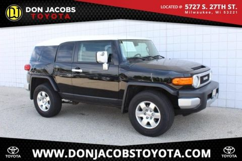 Pre-Owned 2009 Toyota FJ Cruiser Base 4WD 4D Sport Utility